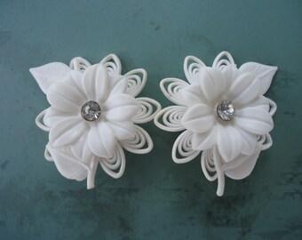 Vintage Soft White Plastic Flower Earrings