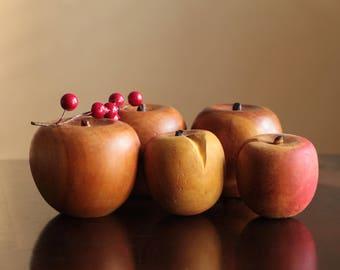 Vintage wood apples hand carved set of 5 / wooden round fruit decor