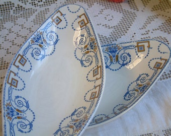 Set of 4 Antique french transferware oval side dishes. French blue transferware. Shabby chic oval plates. Jeanne d'arc living. Nordic home