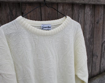 Delicate Patterned Cream Sweater