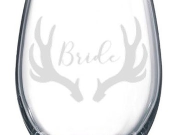 Monogram Antler Etched Wine Glass