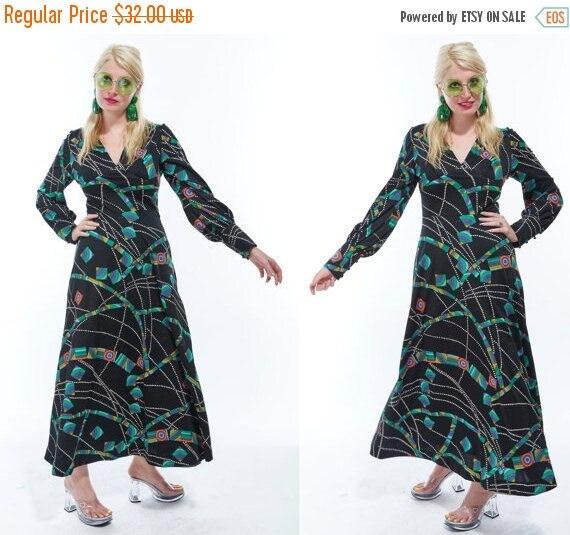Vtg 70s PSYCHEDELIC Print MAXI DRESS Geometric Dot groovy Empire Gothic Dolly Babydoll Mod Retro Kitschy Witchy goddess boho bobble buttons