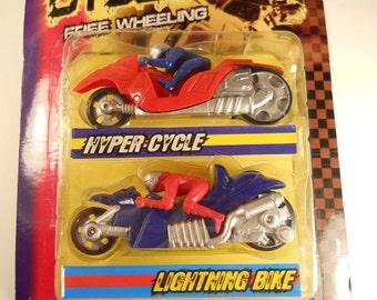 Vintage 2 Pc  Extreme Toy Cycles in 2  different colors Motorcycles