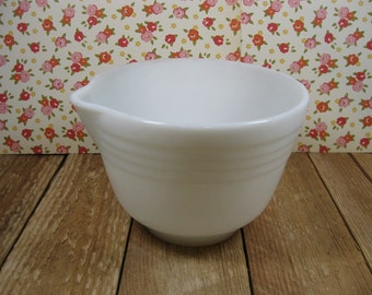 1970 Pyrex Hamilton Beach Mixing Bowl #26