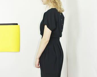 balloon dress short sleeve solid black midi button back dress medium