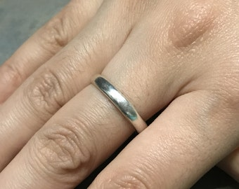 Size 9, Vintage sterling silver handmade ring, 925 silver band, stamped 925, wedding band