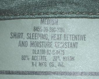 US Army tricot sleep shirt (pajama top) Medium, K-L 1992 excellent condition
