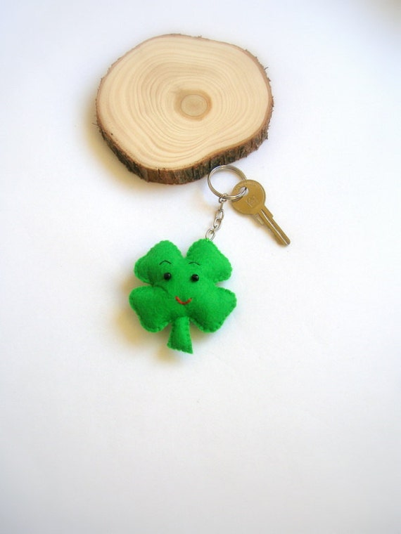 Clover Key Chain from Lilamina