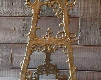 Large Vintage Ornate Brass Plate Stand