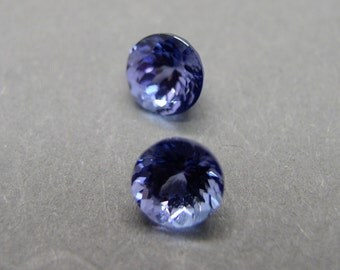 Tanzanite, 1 pair, Tanzanite, round faceted, approx. 2, 45 CT