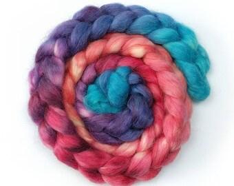 "Masham - Hand Dye Top for Spinning/Felting - ""I need a Super Hero"" 100g (minimum) - Gradient Dyed"