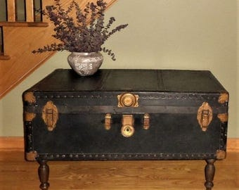 Vintage Steamer Trunk Coffee Table / Black Steamer Trunk / Vintage Coffee Table / Vintage Travel Trunk/ Storage Trunk / Storage Coffee Table
