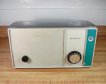 Vintage 60s Westinghouse Am Tabletop Radio, Model H832T5, Tube Radio, Old Radio, Vintage Radio, Collectible Radio, Retro Radio