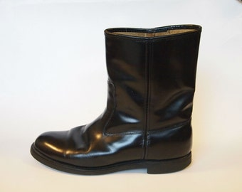 Men's Size 10.5 Black Leather Pull on Boots