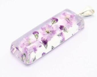 Long pendant with gypsophila flowers
