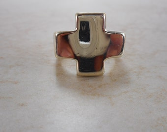Vintage Sterling Silver Cross Ring, Chunky Sterling Cross Ring Size 7.25