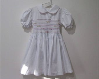 Vtg Smocked white girls dress size 6