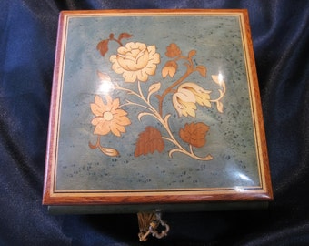 """Vintage Italian Inlaid Reuge 18 Note Music Box """"Send In The Clowns""""  Made in Italy"""
