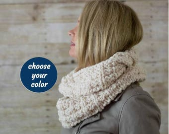 Soft Wool Chunky Knit Infinity Scarf, Knit Cowl, Knit Snood, Chunky Knit Scarf / LADDERS INFINITY SCARF / Choose Your Color