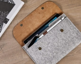 iPad Pro 9.7 inch case NEW iPad Pro 10.5 case iPad sleeve iPad cover apple pencil holder 100% wool felt genuine leather