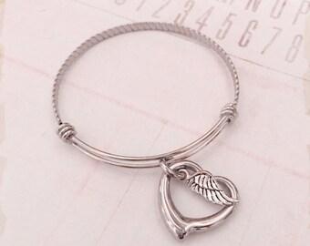 Memorial bracelet - Remembrance jewelry - Stainless steel bracelet - Hand stamped memorial bracelet - Angel wing - Open heart - Memory piece