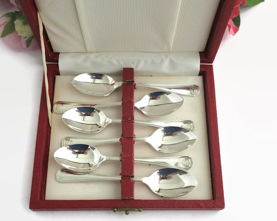6 silver plated Art Deco style teaspoons in original red box, Grosvenor brand, Australia, mid 20th century