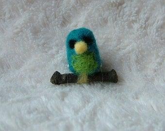 Needle Felted 'Thimble Bird'