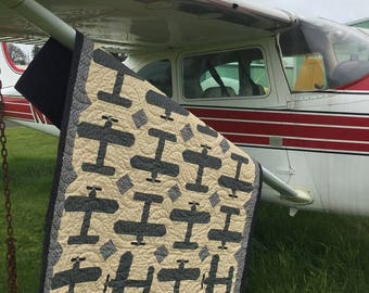 Touch and Go Airplane Quilt ~ Also includes a smaller quilt version called Amelia!