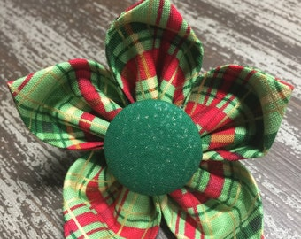 Flower Collar Attachment & Accessory for Dogs and Cats  / CHRISTMAS Holiday Green Tartan