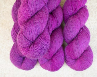 Merino Single - Hand dyed - 100 grams - 366m/400yards - Orchid