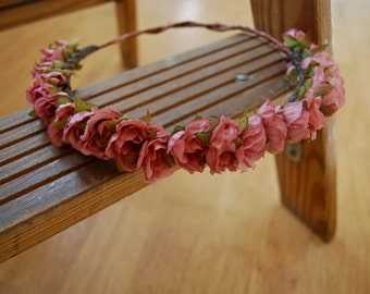 Elegant Pink Rose Crown