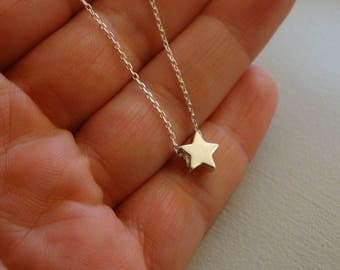Tiny Star necklace.925 solid silver . simple necklace/ everyday chain .