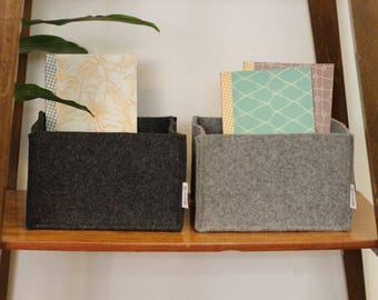Storage box made of felt in two colors