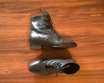 1980s Black Heel Lace Up Pioneer Leather Ankle Boots, 7