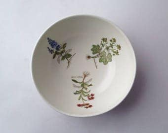 Poole Pottery Country Lane Bowl, 1980s ceramics, wildflower design
