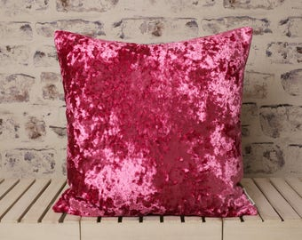 pink crushed velvet cushion//pink crushed velvet pillow//pink velvet//large velvet cushion//large velvet pillow