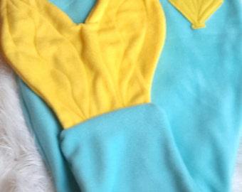Mermaid tail blanket. Kids mermaid blanket. Mermaid snuggy blanket. Fleece snuggy blanket. Mermaid blanket. Kids sleep sack. snuggy blanket
