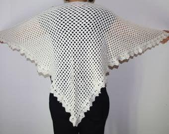 White wool crochet triangle shawl vintage wrap hand knit shawl cowl granny shawl crochet cape hippie lace shawl Flamenco Wedding shawl