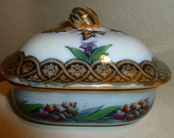 Victorian / Antique Ironstone Lusterware Covered Dish From The 1800's