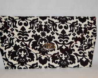 Black and White Damask Print Clutch, evening bag, purse, bag, gifts for her, bridesmaid gift, wristlet