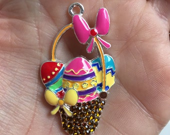 P28 Easter Basket Rhinestone Pendant for Chunky Necklace