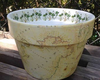 Shamrock Flower Pot, Ireland Vintage Map, Botanical Planter Cache Pot, Ireland Travel Planter, May the LUCK of the IRISH be with Ye!