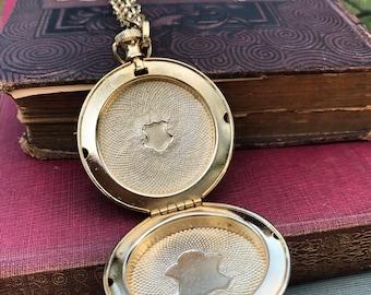 Beautiful large gold pocket watch locket necklace 1960s