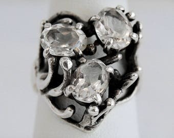 80's Avant Garde sterling clear faceted quartz goth sweetheart statement ring, edgy Brutalist rock crystal 925 silver heart ring, size 7.5