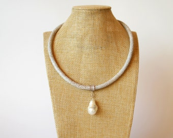 Necklace chain suede band with pearls Baroque Pearl eco dotprint metal PACER
