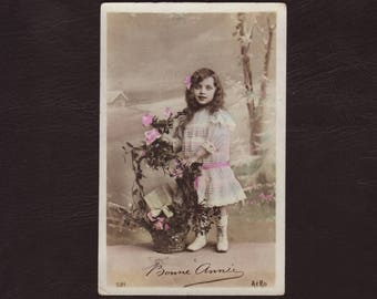 Pretty little girl with gift basket, French photo postcard - Children, vintage, hand tinted, rppc, romantic greeting card - 1910 (V5-58)