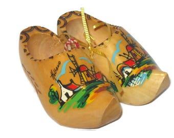Vintage Clogs, Wooden Shoe Home Decor, Holland, Wooden Shoe Home Decor, Collectible Shoes, Carved Shoe, Holland Souvenir, Shoes