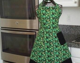 Women's layered Saint Patrick's apron.