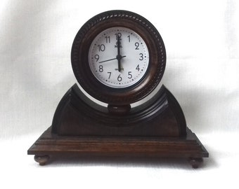 Little Wooden Table Clock, Clock Kamin, Wood - Pear, Color Wenge