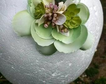 Green Flower Hairclip